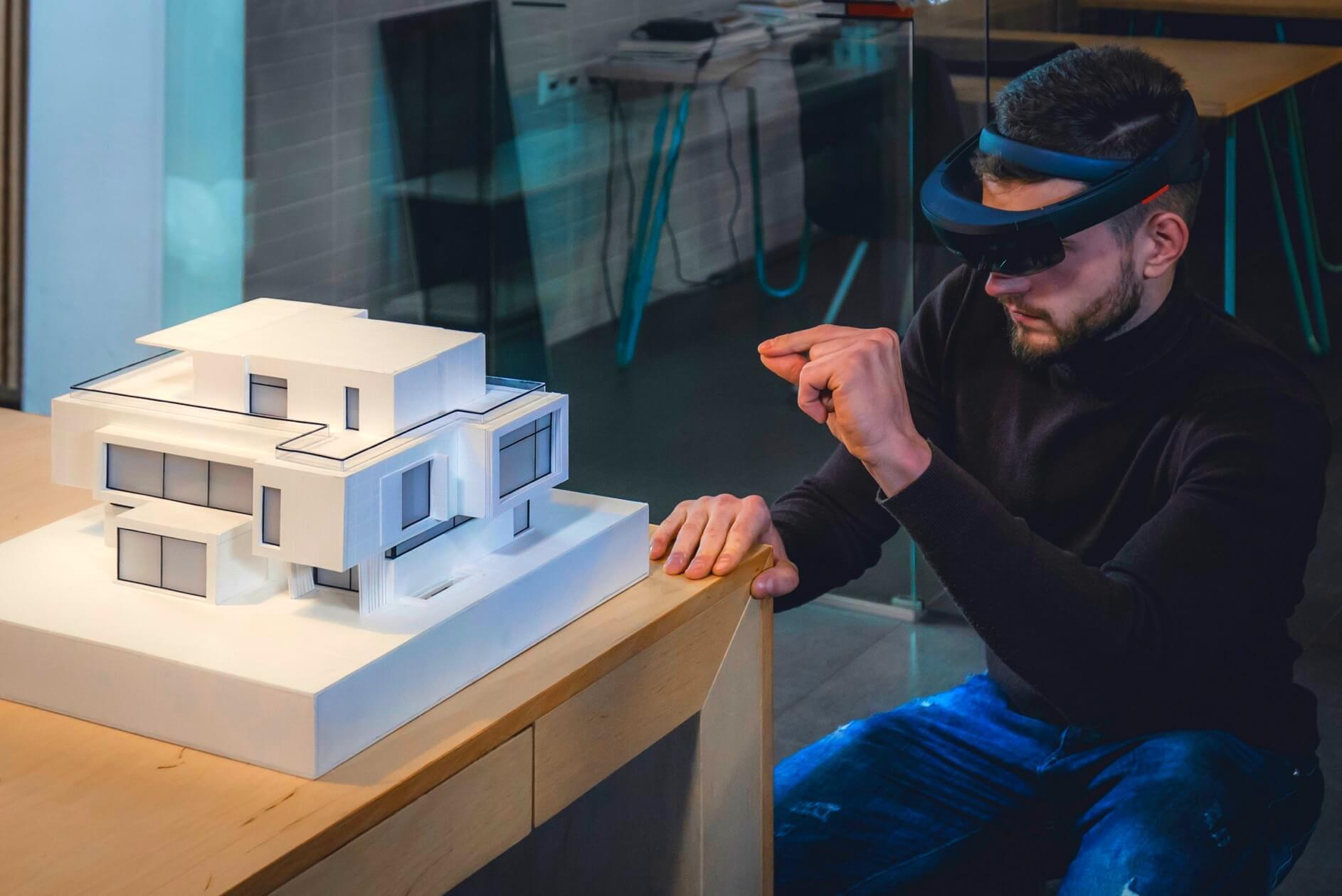 Arquitecto visualiza su diseño en 3D gracias a la Realidad Aumentada